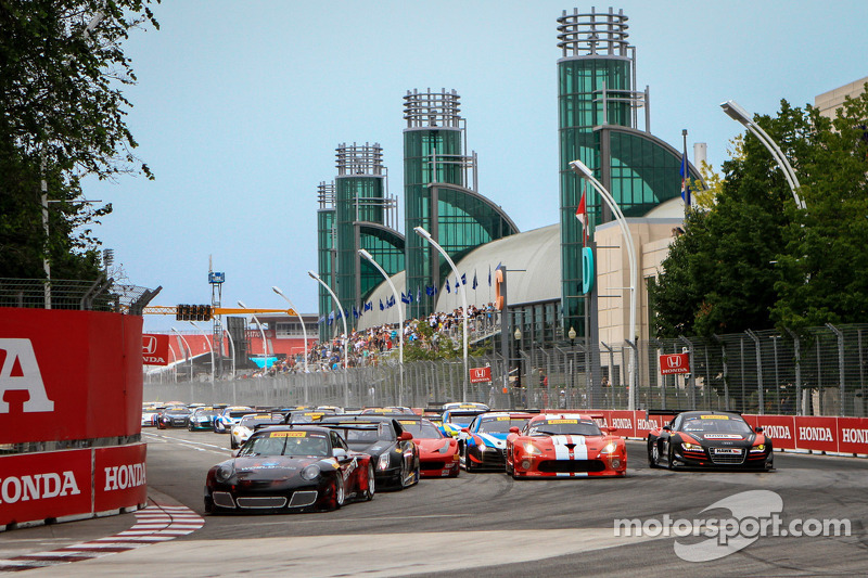Pirelli World Challenge race start