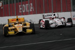 Ryan Hunter-Reay, Andretti Autosport Honda and Juan Pablo Montoya, Penske Racing Chevrolet