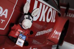 Oslik the super donkey, Team Lada's mascot