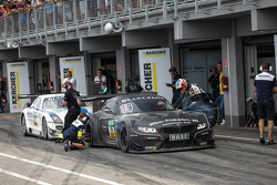 GT: #19 PIXUM Team Schubert BMW Z4 GT3: Dominik Baumann, Claudia Hurtgen