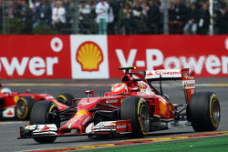 F1: Kimi Raikkonen, Ferrari F14-T leads team mate Fernando Alonso, Ferrari F14-T