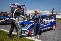 #59 Chevrolet Sonic Racing / PMR Motorsports Chevrolet Sonic: Pat Moro and #27 Hyundai / Rhys Millen Racing Hyundai Veloster: Emma Gilmour