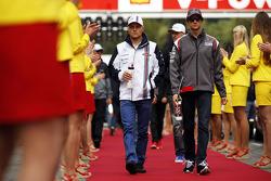 (L to R): Valtteri Bottas, Williams and Esteban Gutierrez, Sauber on the drivers parade