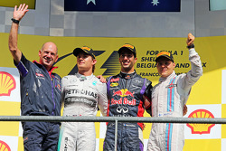 Podium: race winner Daniel Ricciardo, second place Nico Rosberg, third place Valtteri Bottas