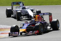 Sebastian Vettel, Red Bull Racing and Valtteri Bottas, Williams F1 Team