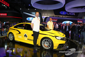 LADA unveils new WTCC car
