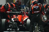 Max Chilton, Marussia F1 Team MR03 pit stop