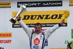 Round 26 Race winner Jason Plato, MG KX Clubcard Fuelsave