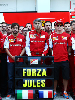 Fernando Alonso, Ferrari; Marco Mattiacci, Ferrari Team Principal; Kimi Raikkonen, Ferrari and members of the Ferrari and Marussia F1 Team show their support for Jules Bianchi