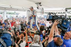Winners and 2014 WRC champions Sébastien Ogier and Julien Ingrassia, Volkswagen Polo WRC, Volkswagen Motorsport
