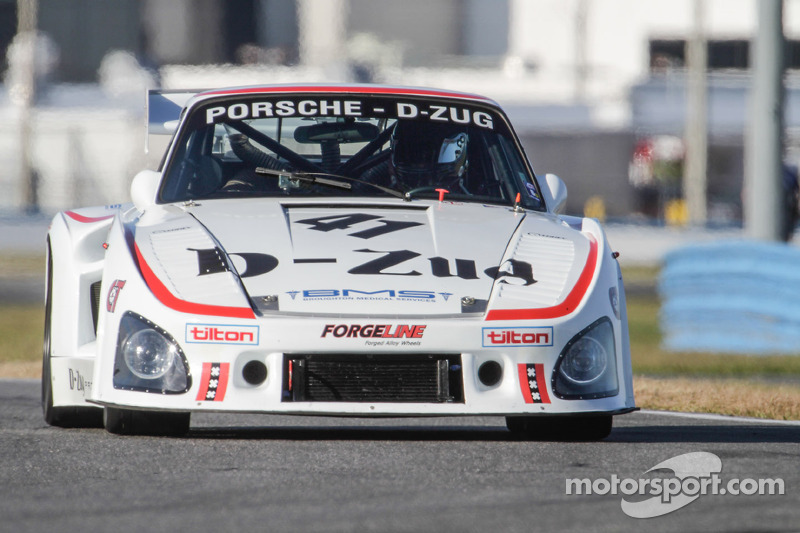 http://cdn-3.motorsport.com/static/img/mgl/1700000/1780000/1789000/1789300/1789353/s8/vintage-the-classic-24-at-daytona-2014-1979-porsche-935-k3.jpg