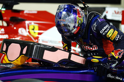 Sebastian Vettel, Red Bull Racing RB10 with a message of thanks on his helmet