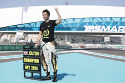 GP2 champion Jolyon Palmer, DAMS