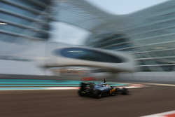 Abu Dhabi November testing