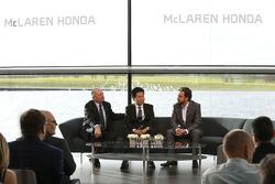 Yasuhisa Arai, head of Honda Motorsport, Fernando Alonso and Ron Dennis, Chairman & CEO of McLaren