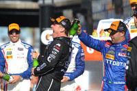 Podium: winners Jamie McMurray, Tony Kanaan, Chip Ganassi Racing