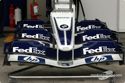 Williams-BMW front wings ready to go