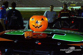 Halloween pumpkin ready for qualifying session