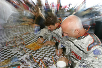 Autograph session: Cort Wagner and Brent Martini