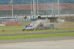 #29 Brumos Racing Porsche Fabcar: Tim Vargo, Josh Vargo, Jake Vargo, Brady Refenning in trouble