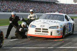 Late pitstop for Kevin Lepage