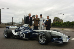 Williams-BMW event in Sydney: Mark Webber with guests