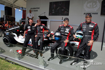 Minardi team launch: Paul Stoddart, Christijan Albers, Patrick Friesacher and Chanock Nissany