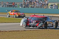 #4 Howard - Boss Motorsports Pontiac Crawford: Elliott Forbes-Robinson, Butch Leitzinger, #01 CompUSA Chip Ganassi with Felix Sabates Lexus Riley: Luis Diaz, Scott Pruett