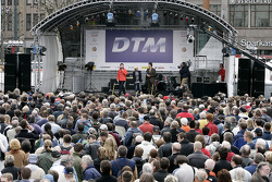 20,000 fans celebrate the start of the DTM 2005 season