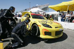 Pitstop for #70 SpeedSource Mazda RX-8: David Haskell, Sylvain Tremblay