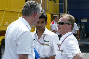 Narain Karthikeyan and Johnny Herbert