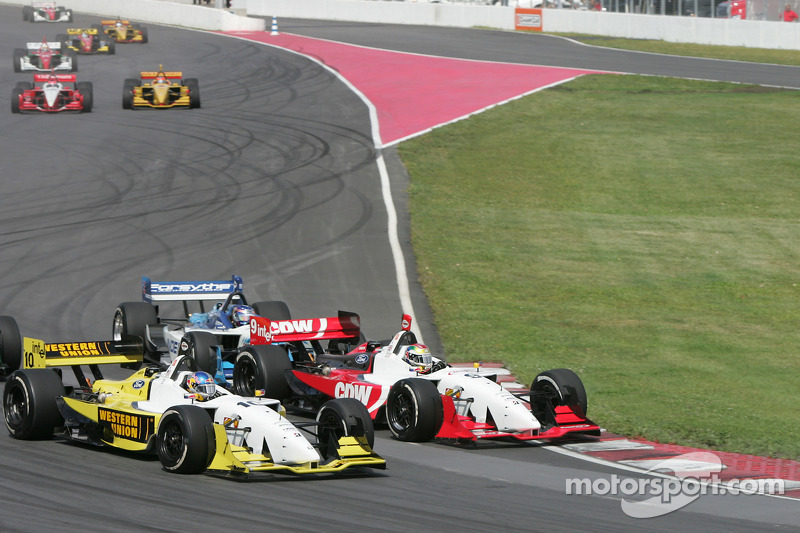 Start: A.J. Allmendinger and Justin Wilson battle