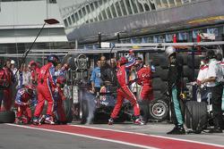 Pitstop for Heikki Kovalainen