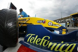 Giancarlo Fisichella back to the pits