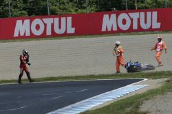 Franco Battaini crashes