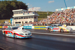 Greg Anderson defeats Jim Yates to calm the win in Pro Stock