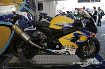 Suzuki GSX R1000 Road Version