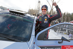 Second place Thierry Neuville, Hyundai Motorsport