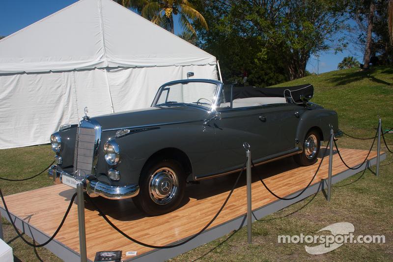 1960 mercedes benz 300d cabriolet d at boca rat n concurso for Mercedes benz boca raton