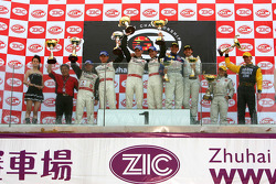 GT2 podium: class winners Marc Lieb and Mike Rockenfeller, with second place Emmanuel Collard and Tim Sugden, and third place Luigi Moccia and Cristian Passutti