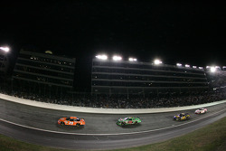 Tony Stewart leads Bobby Labonte in Turn 1