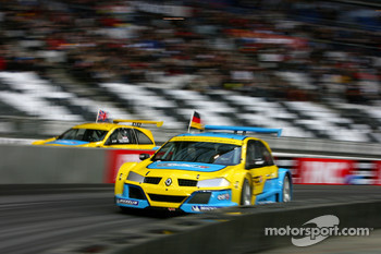 Semi final: Bernd Schneider and David Coulthard