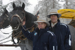 Mark Webber and Nick Heidfeld BMW WilliamsF1 Team drivers 2005 in the snow