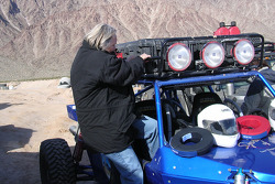 Vanguard Racing: as a safety rule, Nancy Knapp Schilke must learn to quickly get out of the buggy