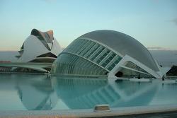 A new day on the Ciudad de las Artes y las Ciencias