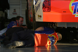 Tide Chevy crew members at work