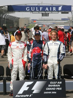 Drivers photoshoot: rookies Yuji Ide, Scott Speed and Nico Rosberg