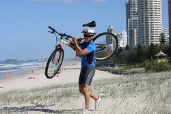 Red Bull fitness training in Surfers Paradise: Christian Klien