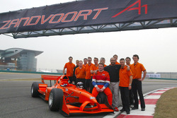 Jos Verstappen (NED) A1 Team Netherlands, Sheikh Maktoum Hasher Maktoum Al Maktoum (UAE) President of A1 Grand Prix and Jan Lammers (NED) pose with A1 Team Netherlans after it was announced that Zandvoort will host the first round of A1GPs second season