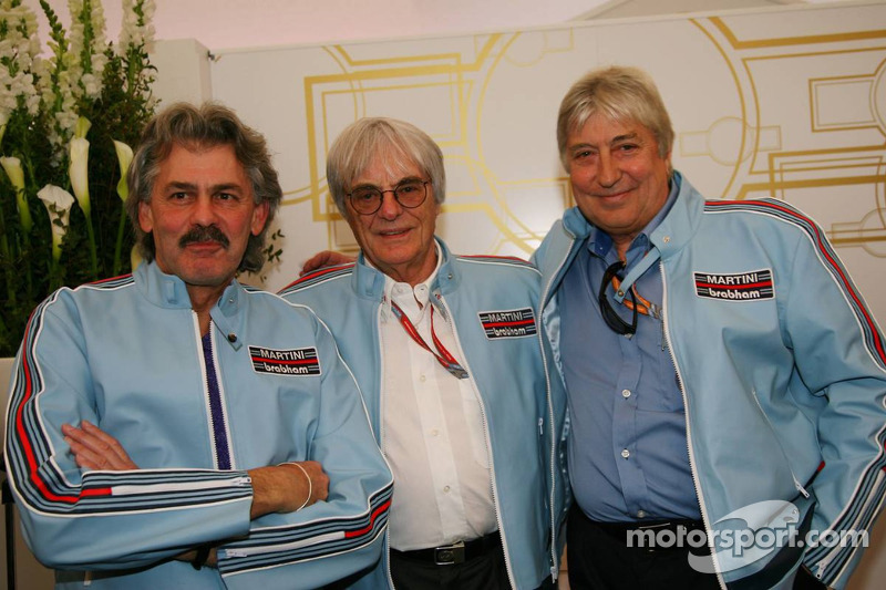 The Ex Brahbam team Gordon Murray, ex Brabham and McLaren Designer with Bernie Ecclestone and Herbie Blash, FIA observer